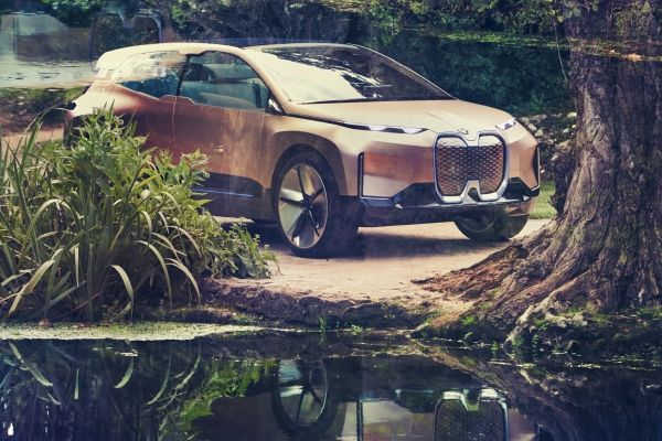 BMW Vision iNEXT 2018
