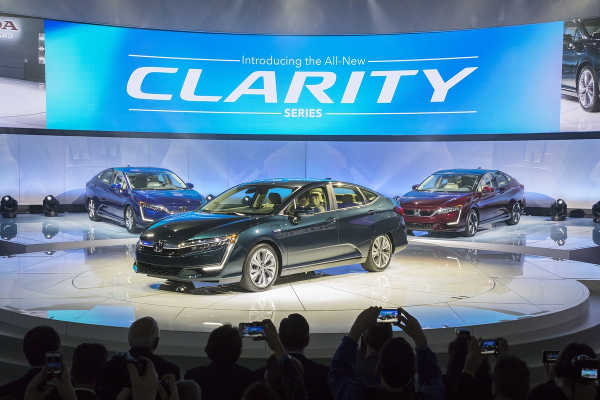 Honda Clarity Electric & Plug-in-Hybrid New York 2017