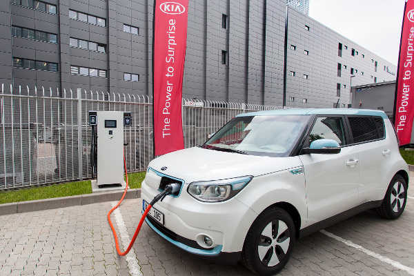 Kia Soul EV 100-kW-Schnellladestation
