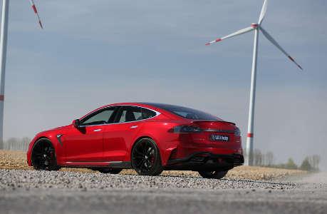Larte Tesla Model S Elizabeta