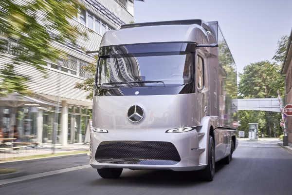 Mercedes Urban eTruck 2017 Kleinserie