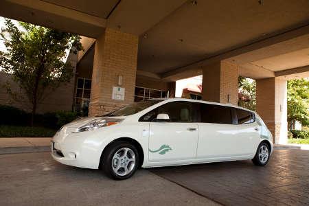Nissan Leaf Stretch-Limousine