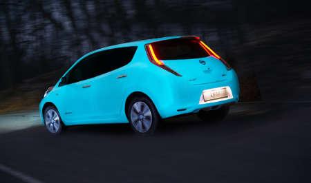 Nissan Leaf UV-Leuchtlack