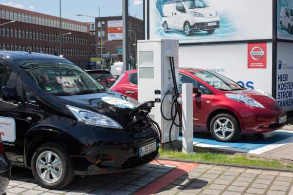 Vorurteile E-Mobilität Nissan Leaf & Nissan e-NV200