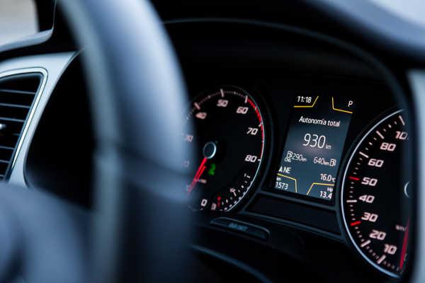 Erdgasfahrzeuge - CNG-Anzeige im Cockpit