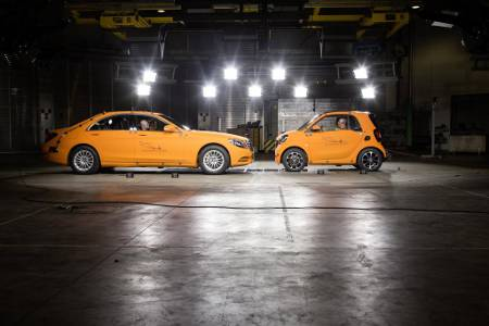 Crashtest smart fortwo & Mercedes S-Klasse 2014