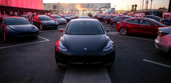 Tesla Model 3 2017 Serie Exterieur
