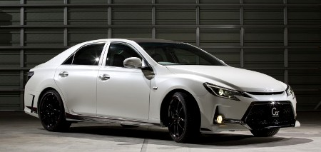 Toyota Mark X G Sports Carbon Roof Concept