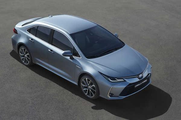 Toyota Corolla Limousine 2019