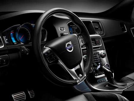 Volvo V60 D6 AWD R-Design Plug-in-Hybrid