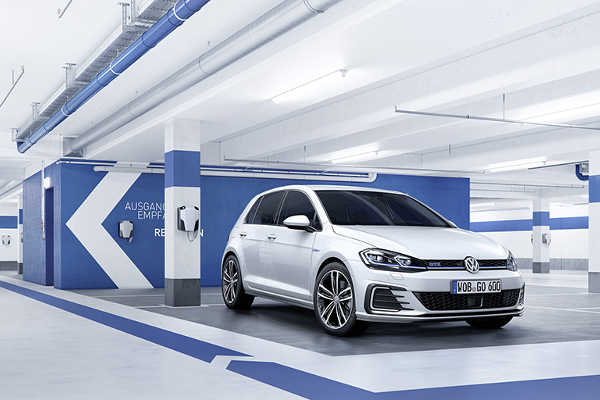 VW Golf GTE 2017